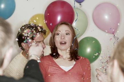 Quelques pistes pour pr parer un anniversaire surprise f tardises - Organiser un anniversaire surprise ...