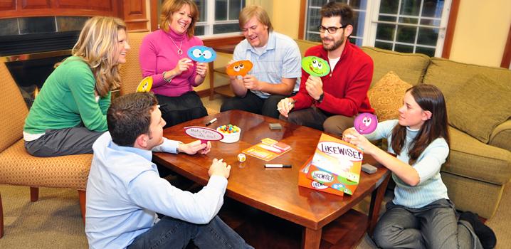 Les-jeux-de-société-d'adultes-pour-s'amuser-entre-amis